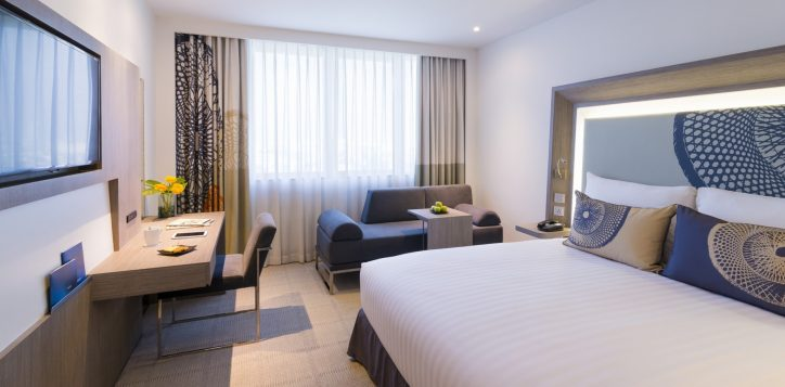 novotel-bangkok-bangna-hotel-guest-room-main-image01-2