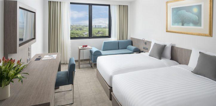 novotel-bangkok-bangna-hotel-guest-room-superior-room-image02-2
