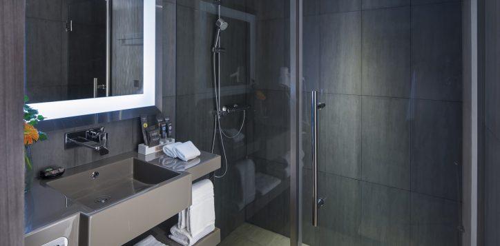 novotel-bangkok-bangna-hotel-guest-room-superior-room-image03-2