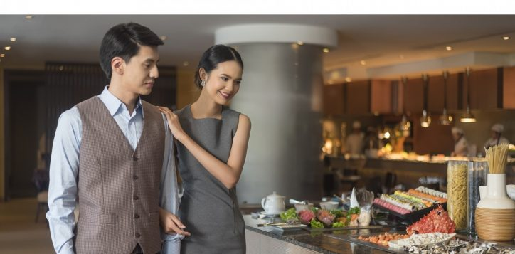 novotel-bangkok-bangna-hotel-restaurants-and-bar-the-square-image04-copy-2