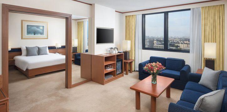 novotel-hotel-bangkok-bangna-gallery-executive-suite-image01-2