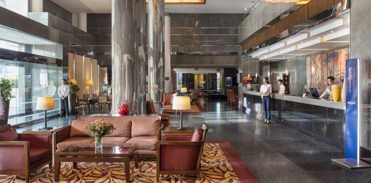 novotel-hotel-bangkok-bangna-gallery-facade-and-lobby-image02-2