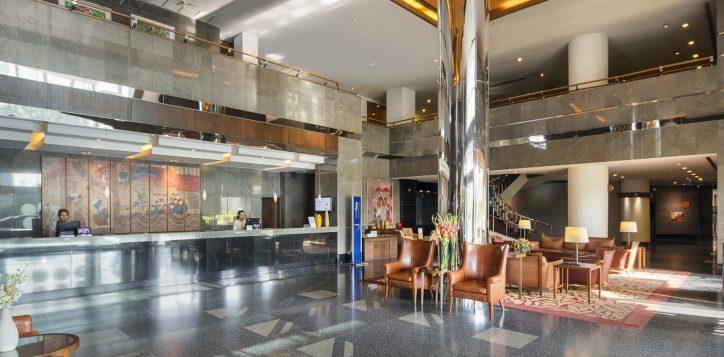 novotel-hotel-bangkok-bangna-gallery-facade-and-lobby-image03-2