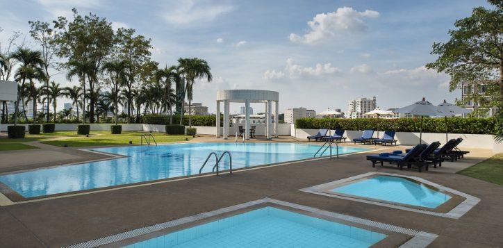 novotel-hotel-bangkok-bangna-gallery-recreation-spa-fitness-image08-2