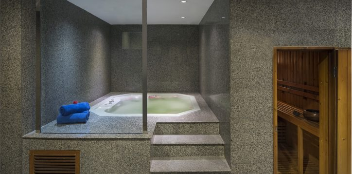 novotel-bangkok-bangna-recreation-spa-fitness-in-balance-massage-image02-2